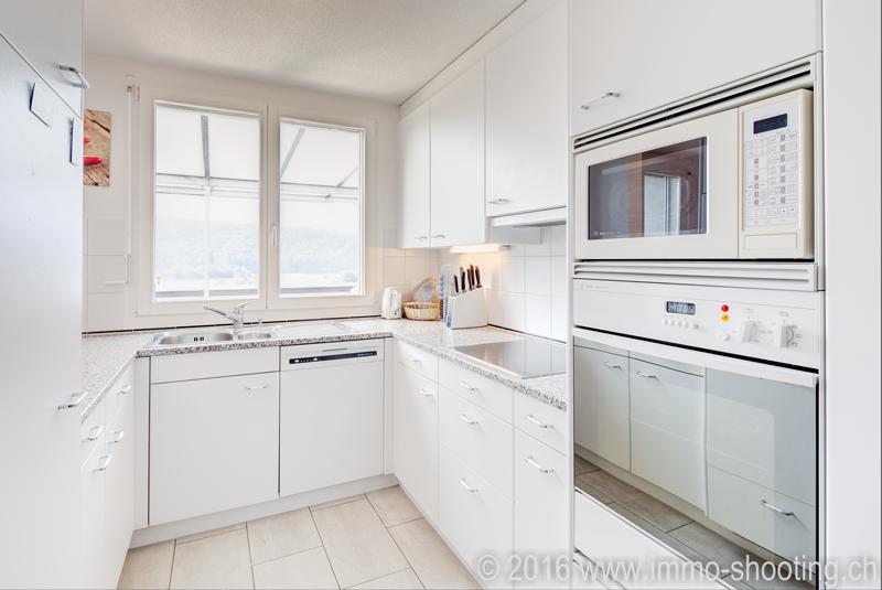 Kueche in Eigentumswohnung-Architekturfotografie-Immoshooting